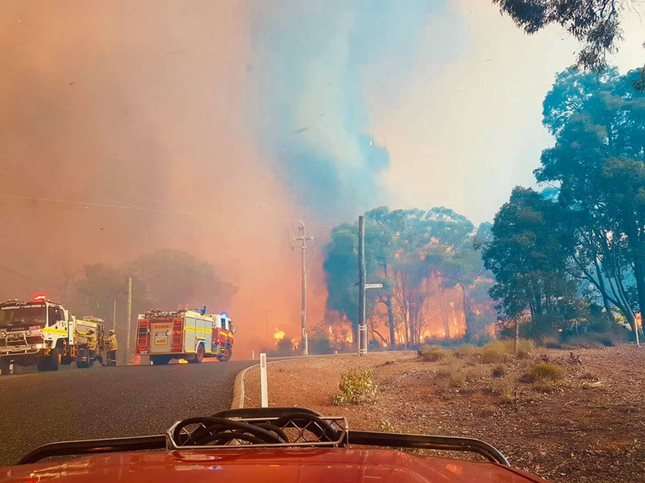 https://cdn.cnngreece.gr/media/news/2021/02/03/253017/photos/snapshot/afstralia-pyrkagies-3.jpg