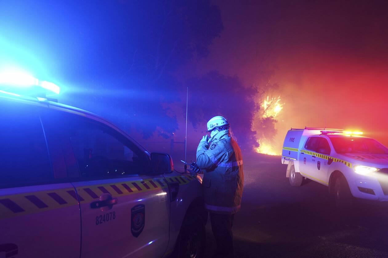https://cdn.cnngreece.gr/media/news/2021/02/03/253017/photos/snapshot/afstralia-pyrkagies5.jpg