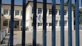 Εξαδάκτυλος: Σαφές ότι το άνοιγμα των σχολείων αύξησε τα κρούσματα