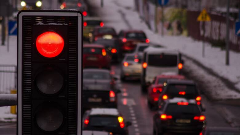 Εθνικό Σχέδιο Δράσης για την οδική ασφάλεια: Στο τιμόνι από τα 17, αλλάζει άρδην ο ΚΟΚ