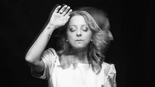 Λυδία Σέρβου: Κατονόμασε το μουσικοσυνθέτη που καταγγέλλει για σεξουαλική επίθεση