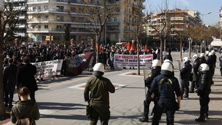 Θεσσαλονίκη: Χημικά και μολότοφ μετά το φοιτητικό συλλαλητήριο