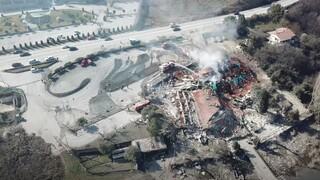 Καστοριά: Από ψηλά η ολοκληρωτική καταστροφή στο εμβληματικό ξενοδοχείο