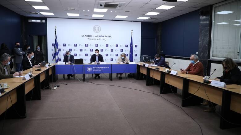 «Ατέλειωτη» η συνεδρίαση της Επιτροπής: Με καθυστέρηση η ενημέρωση για τον κορωνοϊό