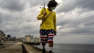 Τέλος εποχής στην Κούβα: Ανοίγει την οικονομία της σε ιδιωτικές επιχειρήσεις