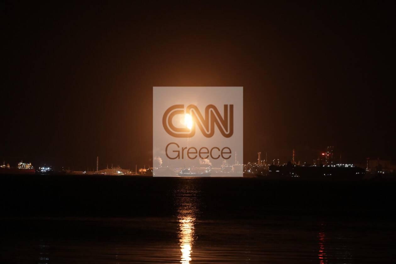https://cdn.cnngreece.gr/media/news/2021/02/07/253627/photos/snapshot/black-out-6.jpg