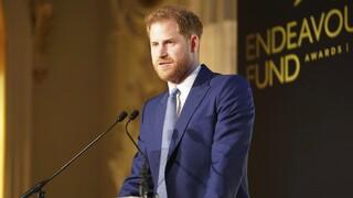 Πρίγκιπας Χάρι: «Στην καραντίνα, ασχοληθείτε με τον αθλητισμό»