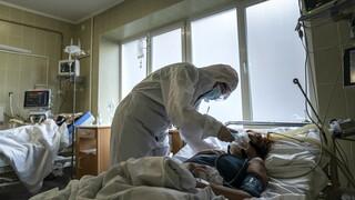 Κορωνοϊός: Η Ουκρανία διαπραγματεύεται την προμήθεια εμβολίων από το πλεόνασμα άλλων χωρών