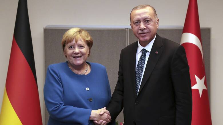 Ερντογάν σε Μέρκελ: Να οργανωθεί μια ευρωτουρκική Σύνοδος μέσα στο α' εξάμηνο του 2021