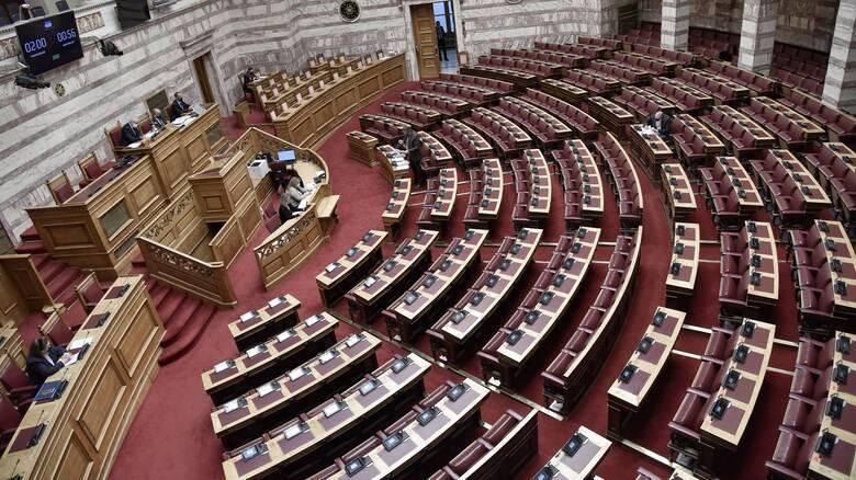 Βουλή: Στην Ολομέλεια σήμερα το νομοσχέδιο του υπουργείου Παιδείας
