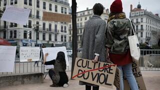 Σάλος για την ανήλικη «Ζιλί» στη Γαλλία: Θύμα βιασμού κατ' εξακολούθηση από 20 πυροσβέστες