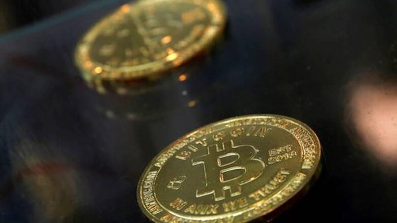 Bitcoin: Σπάει όλα τα ρεκόρ – Πάνω από τα 48.000 δολάρια