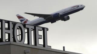Κορωνοϊός - Βρετανία: Ακόμη και ποινές φυλάκισης για ταξιδιώτες - παραβάτες της καραντίνας
