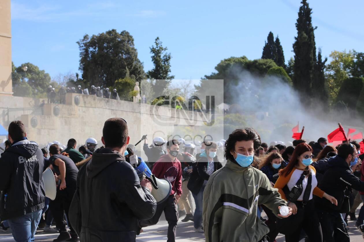 https://cdn.cnngreece.gr/media/news/2021/02/10/253986/photos/snapshot/panekpaideftiko6.jpg