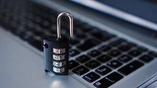 Η Europol συνέλαβε δέκα χάκερ - Υπήρχαν υποψίες ότι έκλεψαν 100 εκατ. δολάρια