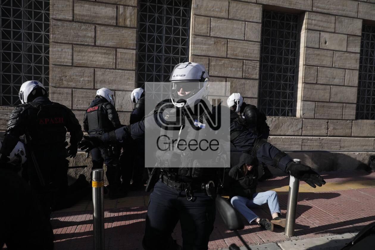https://cdn.cnngreece.gr/media/news/2021/02/10/254033/photos/snapshot/panekpaideytiko-11.jpg