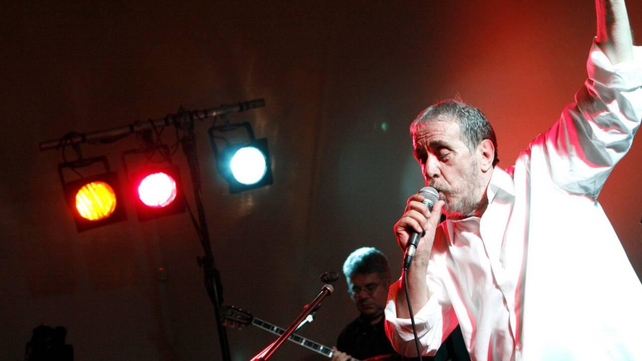 Πέθανε ο αγαπημένος τραγουδιστής Αντώνης Καλογιάννης