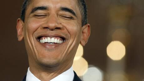 Σε δημοπρασία αθλητικά παπούτσια που σχεδιάστηκαν ειδικά για τον Μπαράκ Ομπάμα