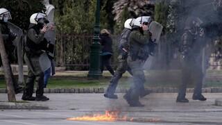 Εισαγγελική έρευνα για περιστατικό βίας αστυνομικών κατά διαδηλωτών στη Θεσσαλονίκη