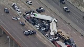 Τέξας: Καραμπόλα δεκάδων αυτοκινήτων - Τουλάχιστον εννιά νεκροί