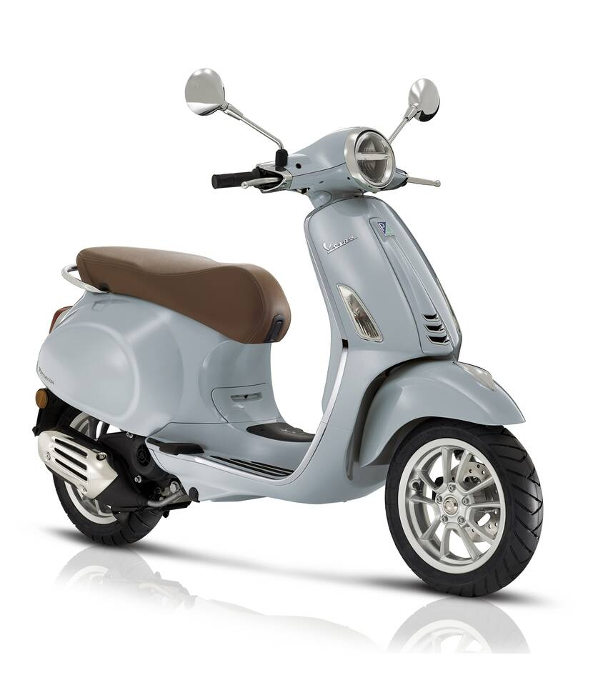 https://cdn.cnngreece.gr/media/news/2021/02/12/254270/photos/snapshot/Vespa_primavera_3-4AntDX_bianco.jpg