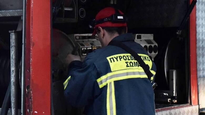 Συναγερμός στην Πυροσβεστική: Φωτιά σε λεωφορείο στην Αθηνών – Λαμίας