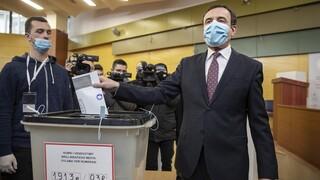 Κόσοβο: Στις κάλπες με φαβορί το κόμμα του Άλμπιν Κούρτι