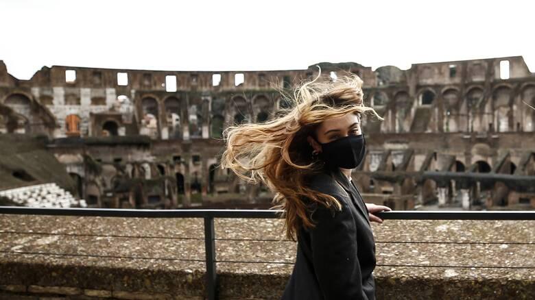 Προς γενικό lockdown ξανά η Ιταλία; Τι λέει ο σύμβουλος του υπουργού Υγείας