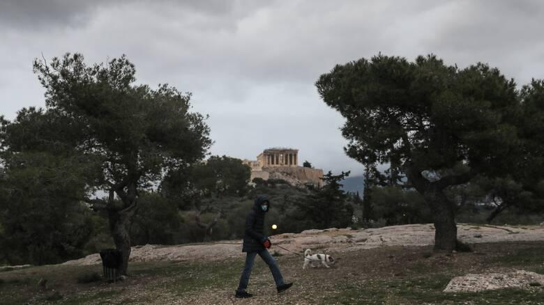 Κορωνοϊός: Αρνητική πρωτιά κρουσμάτων για την Αττική - Η Αχαΐα ξεπέρασε τη Θεσσαλονίκη