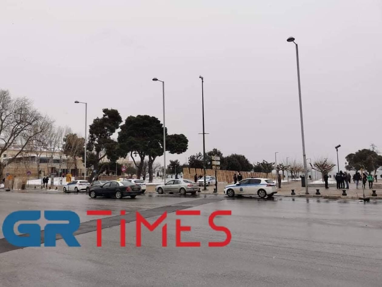 https://cdn.cnngreece.gr/media/news/2021/02/14/254529/photos/snapshot/thessaloniki.jpg