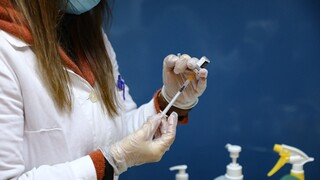 Κακοκαιρία «Μήδεια»: Το σχέδιο Χαρδαλιά για να μη χαθούν εμβόλια
