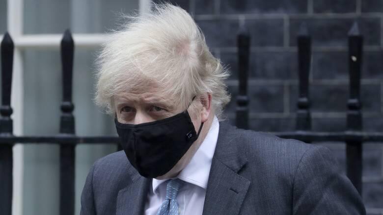 Τζόνσον: Θα κρίνει αυτή την εβδομάδα πότε μπορεί να τελειώσει το lockdown στη Βρετανία