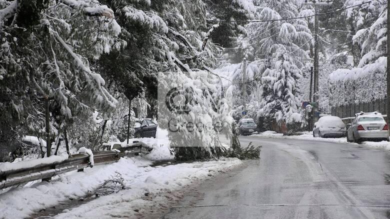 Επικαιροποίηση του έκτακτου δελτίου της ΕΜΥ: Εντείνονται οι χιονοπτώσεις στην Αττική
