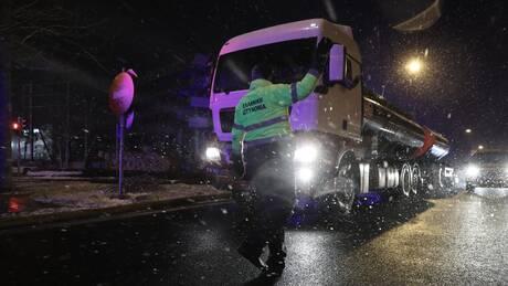 Κακοκαιρία «Μήδεια»: Έκλεισε για τα φορτηγά η εθνική οδός Αθηνών - Λαμίας, κανονικά τα ΙΧ