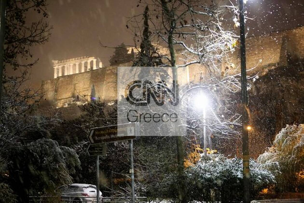 https://cdn.cnngreece.gr/media/news/2021/02/15/254684/photos/snapshot/athina-hionia-804447490140023_276636048884227005_n.jpg