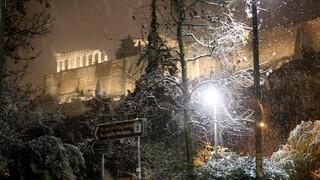 Κακοκαιρία: Στο έλεος της «Μήδειας» η χώρα - Πυκνό χιόνι μέσα στην Αθήνα