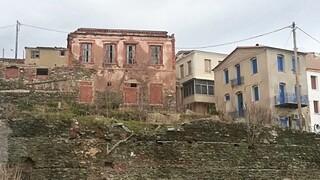 Μυτιλήνη: Κινδυνεύει με κατάρρευση το εμβληματικό αρχοντικό του Ι. Παπουτσάνη στο Πλωμάρι