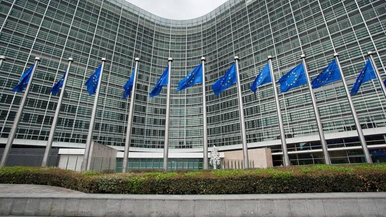 Κομισιόν: Παρατείνεται για ένα εξάμηνο η ενισχυμένη εποπτεία για Ελλάδα