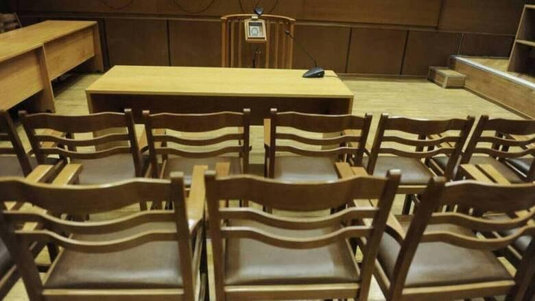 Προσφυγή των δικηγόρων στο ΣτΕ κατά της αναστολής λειτουργίας των δικαστηρίων