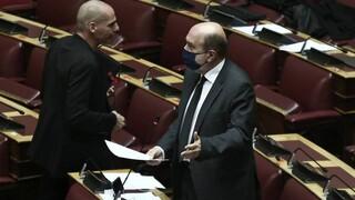 Απάντηση Αλεξιάδη σε Βαρουφάκη για την ανεξαρτησία της φορολογικής διοίκησης