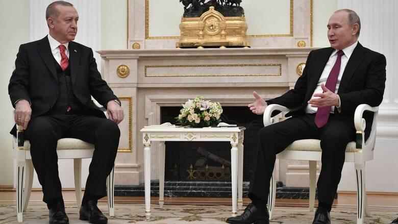 Επικοινωνία Πούτιν-Ερντογάν για συνεργασία σε πανδημία και στον ενεργειακό τομέα