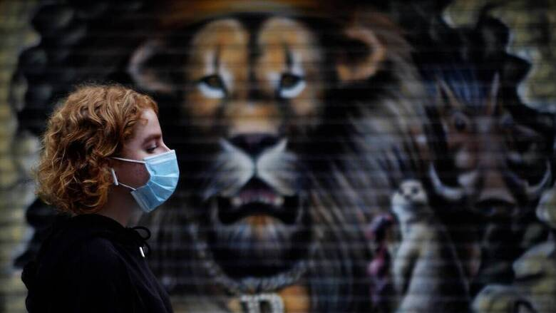 Δημόπουλος στο CNN Greece: Ανησυχία για την πίεση στο ΕΣΥ, η διπλή μάσκα μπορεί να βοηθήσει