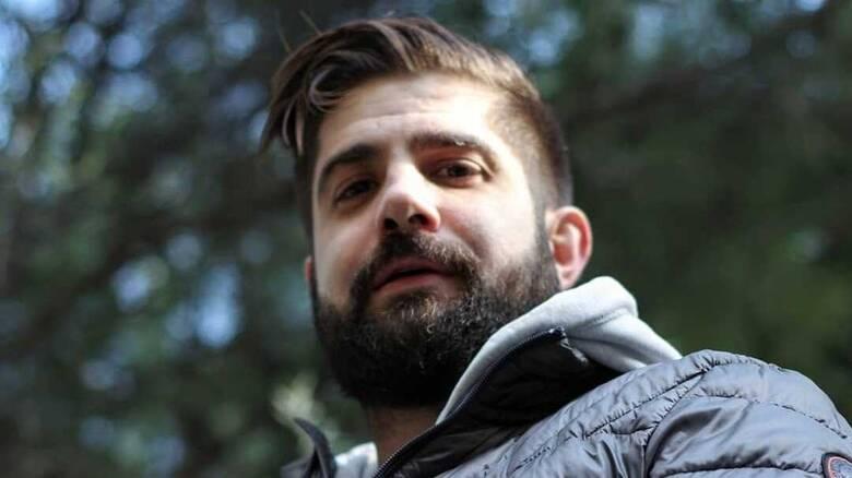 Νικόλας Αγγελής: «Ένας παιδοβιαστής και βασανιστής βρίσκεται εκεί έξω ελεύθερος»