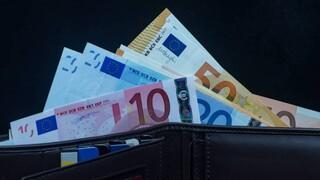 Επιστροφές φόρων έως και 1.930 ευρώ σε πάνω από ένα εκατομμύριο εργαζομένους