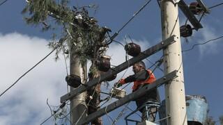 Ηλεκτροδότηση: 400 νοικοκυριά παραμένουν χωρίς ρεύμα στην Αττική