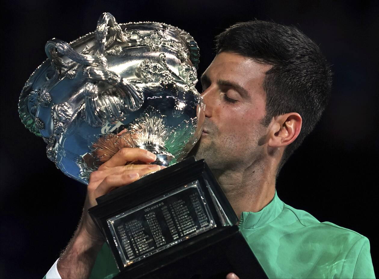 https://cdn.cnngreece.gr/media/news/2021/02/21/255387/photos/snapshot/djokovic-medvedev-australian-open-1.jpg