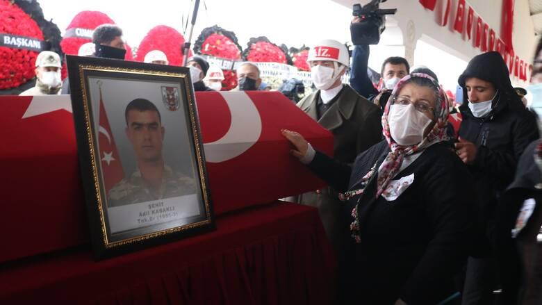 Τουρκία: Έρευνα σε βάρος βουλευτού του φιλοκουρδικού κόμματος HDP