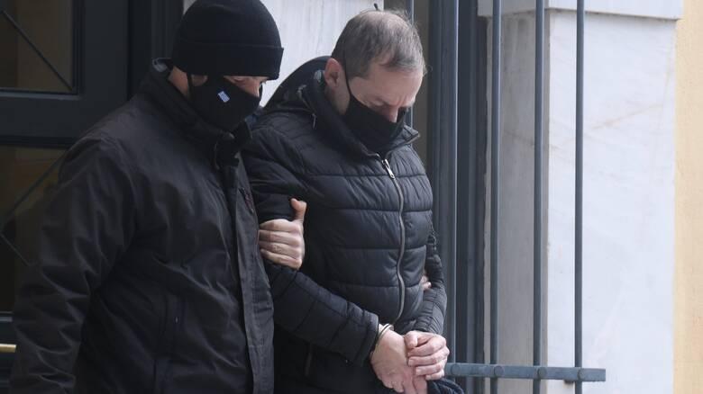 Υπόθεση Λιγνάδη: «Εγκληματική ροπή επί πολλά έτη» - Καταπέλτης το ένταλμα σύλληψης