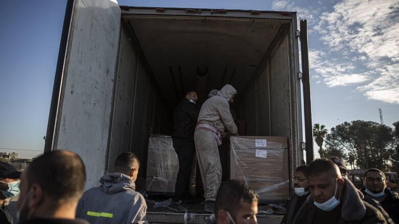 Γάζα: «Έφθασαν» 20.000 δόσεις του εμβολίου Sputnik V από τα Ηνωμένα Αραβικά Εμιράτα