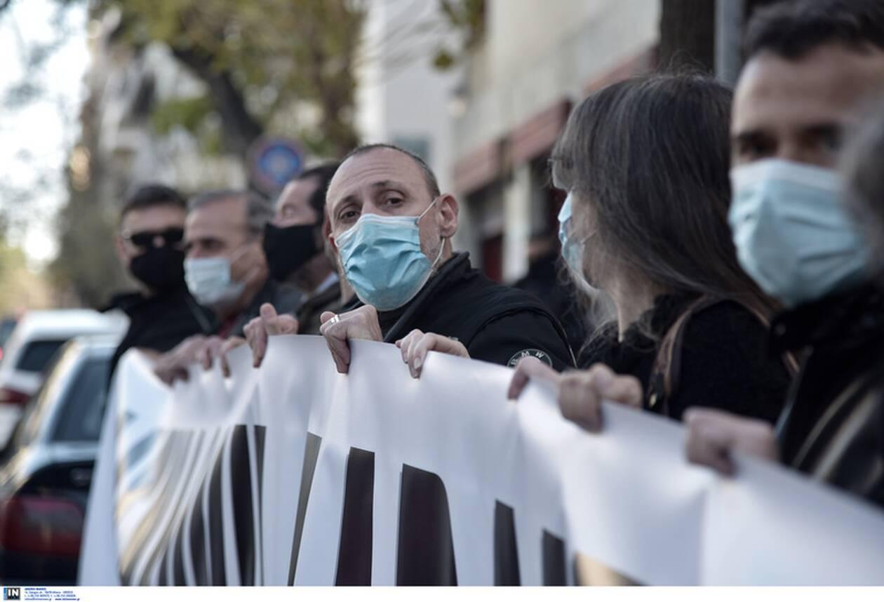 https://cdn.cnngreece.gr/media/news/2021/02/22/255469/photos/snapshot/diamartyria-mendoni-3.jpg